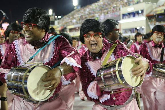 Whatch The Samba Schools In Action At The Sambodromo